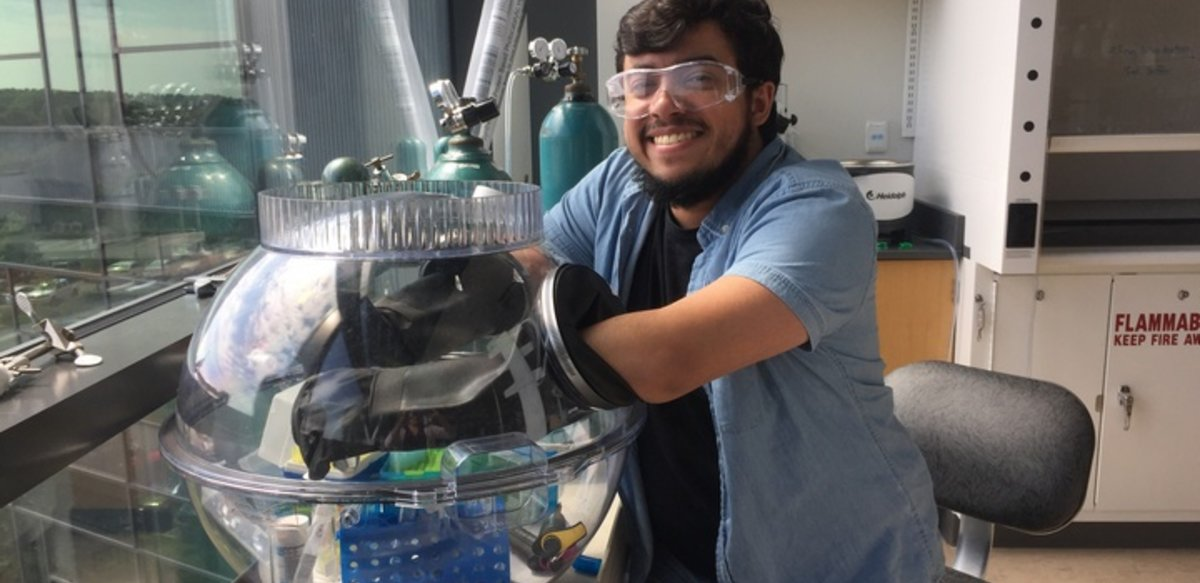 BSU student conducting research in chemistry lab